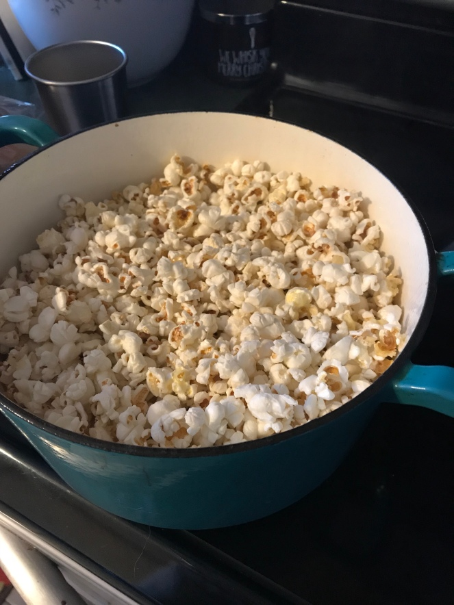 Popcorn in the Dutch Oven