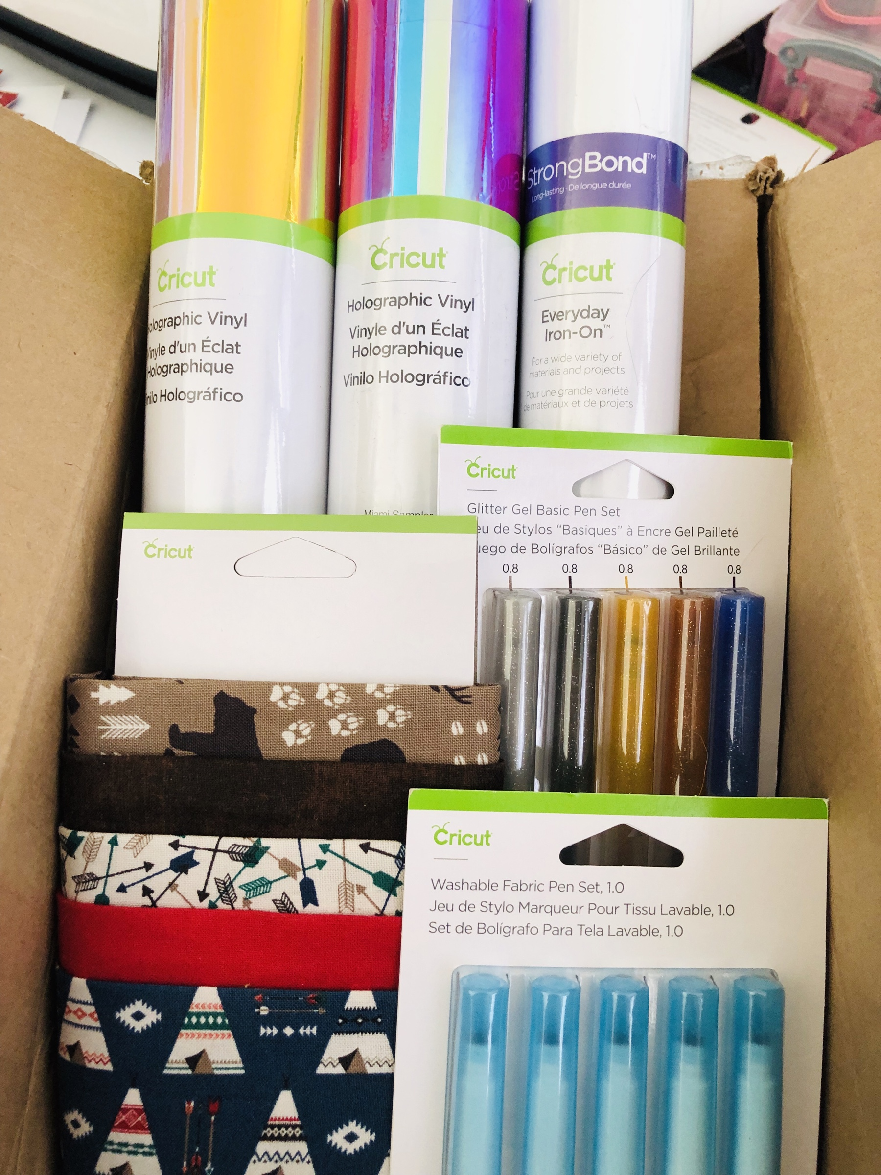 Cricut Summer Activity Boxes – Miss Rita to the Rescue!